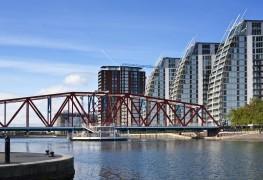 Manchester_Cabvertising_web