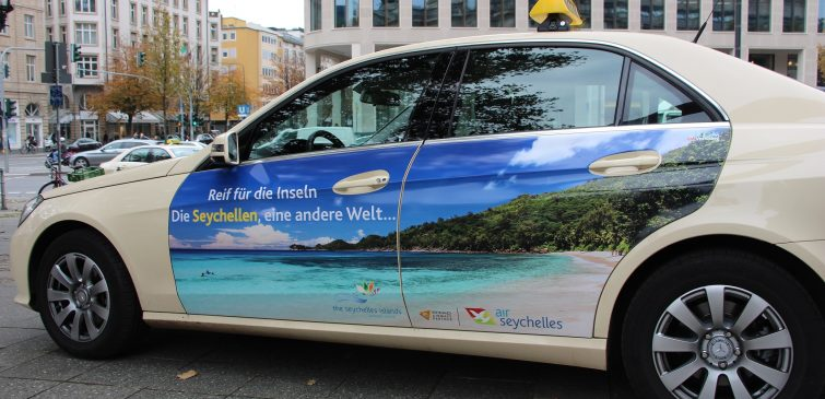 taxi advertising seychelles tourism board in frankfurt cabvertising. Black Bedroom Furniture Sets. Home Design Ideas