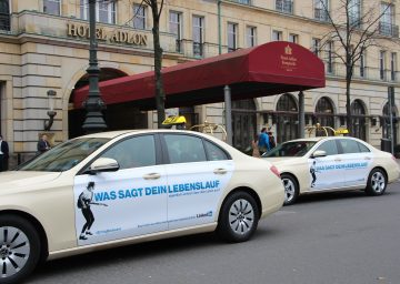 cabvertising cabvertising taxi advertising in europe. Black Bedroom Furniture Sets. Home Design Ideas